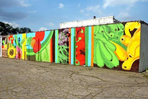 Pogue's Run Grocer Mural, an initiative of the Indy Food Co-op. © Indy Food Co-op